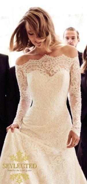 De acuerdo, es clásico y nada original. Pero nadie dijo que las bodas sean para participar en concurso alguno de originalidad. Y este vestido es espectacular.
