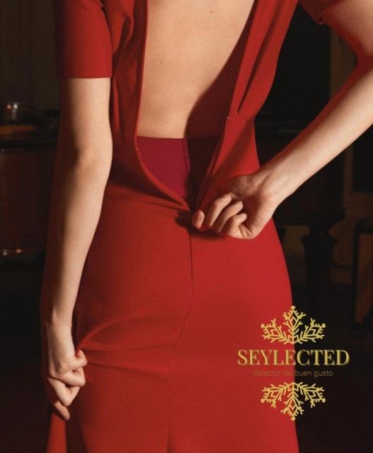Fíjate en el detalle del interior del vestido. Es perfecto para que siempre esté en su sitio y te sientas bien atrapada en él. Lo que viene a ser la versión moderna de Scarlett O'Hara.