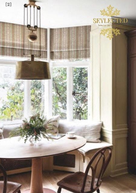 Lo visualizo con un exquisito desayuno sobre la mesa, silencio absoluto a tu alrededor y algo de lectura como ÚNICO acompañante. Hay momentos para todo y esta decoración armónica no se debería romper.