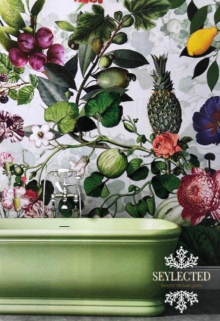 Ahorrando sales de baño. Quién las necesita rodeado de semejante papel que despide aromas por cada cm2.?