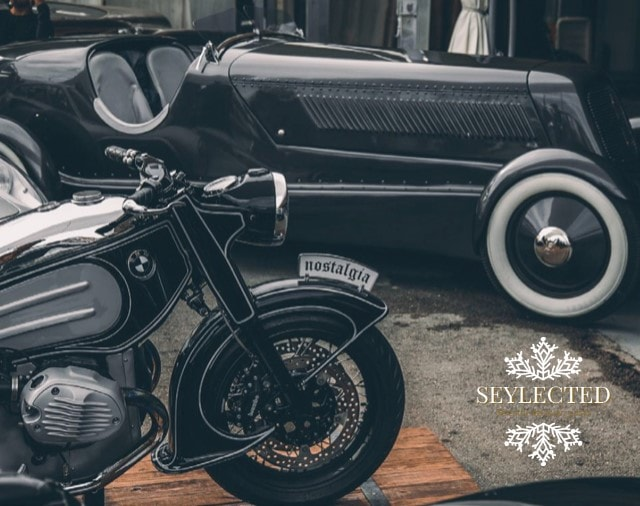 Vehículos de los 50: efectivamente, lo que nos queda es la nostalgia de estos diseños clásicos y a algunos pocos, el placer de disfrutarlos