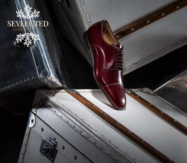 Si solamente me dieran opción a elegir un par de zapatos para acompañar a mi pareja a lo largo de su vida, sin duda serían éstos.