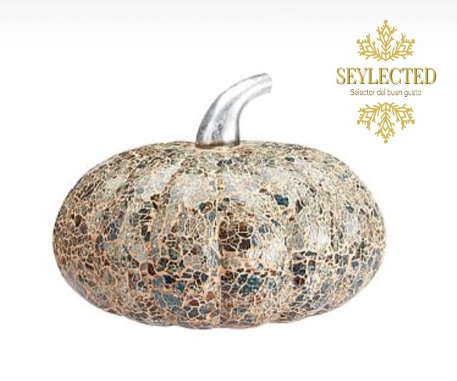Tienes espacio suficiente para guardar adornos para diferentes eventos.? Sí.? Entonces, hazte con este para Halloween o Thanksgiving.